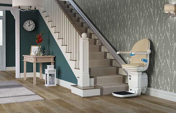 Eleganter Design-Treppenlift